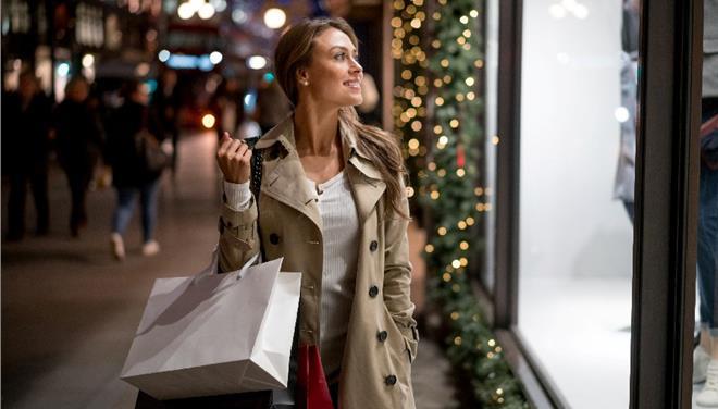 Πώς μπορείς να γίνεις «εκατομμυριούχος» πραγματοποιώντας τις Χριστουγεννιάτικες σου αγορές;