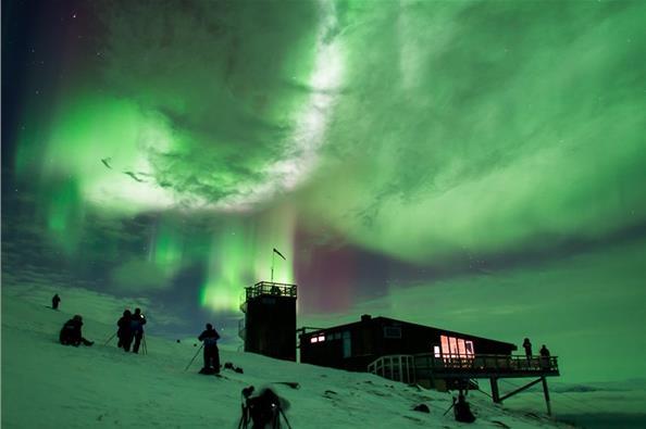 Εντυπωσιακές εικόνες από το Βόρειο Σέλας στη Σουηδία