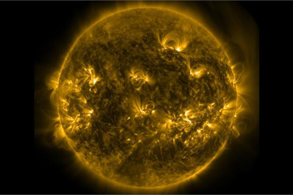 Η NASA κατέγραψε κολοσσιαίες εκρήξεις στον Ηλιο